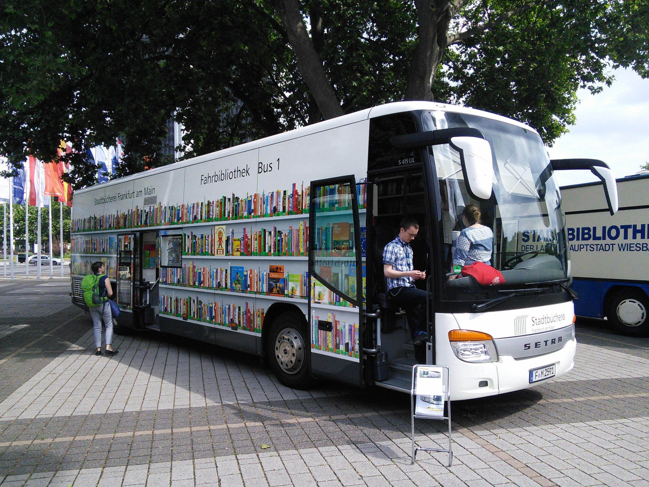Deutsche Presseagentur:  Bibliothekare: Onleihe einzige Alternative zu Bücherbussen
