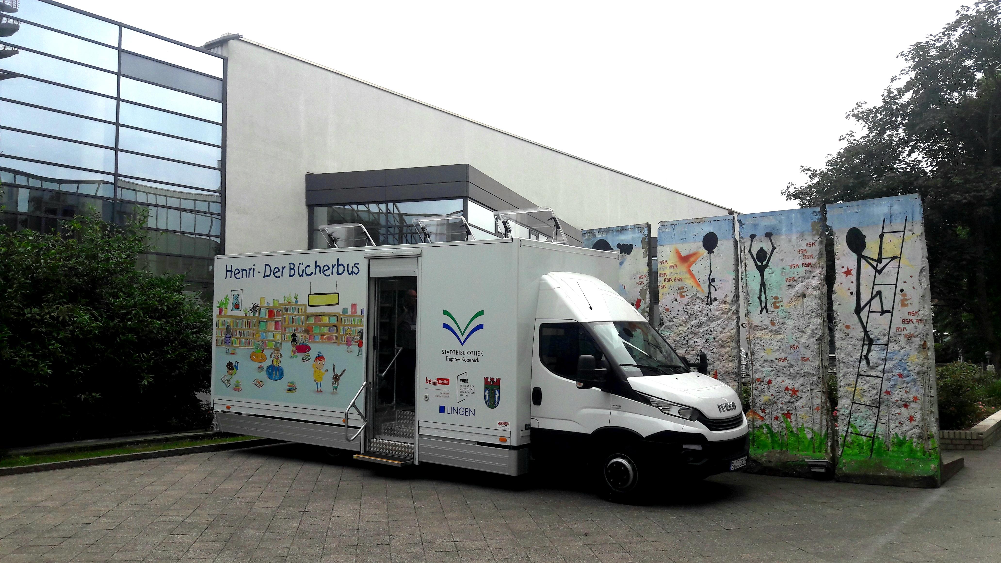 "Bücherbus ""Henri"", Treptow-Köpenick"