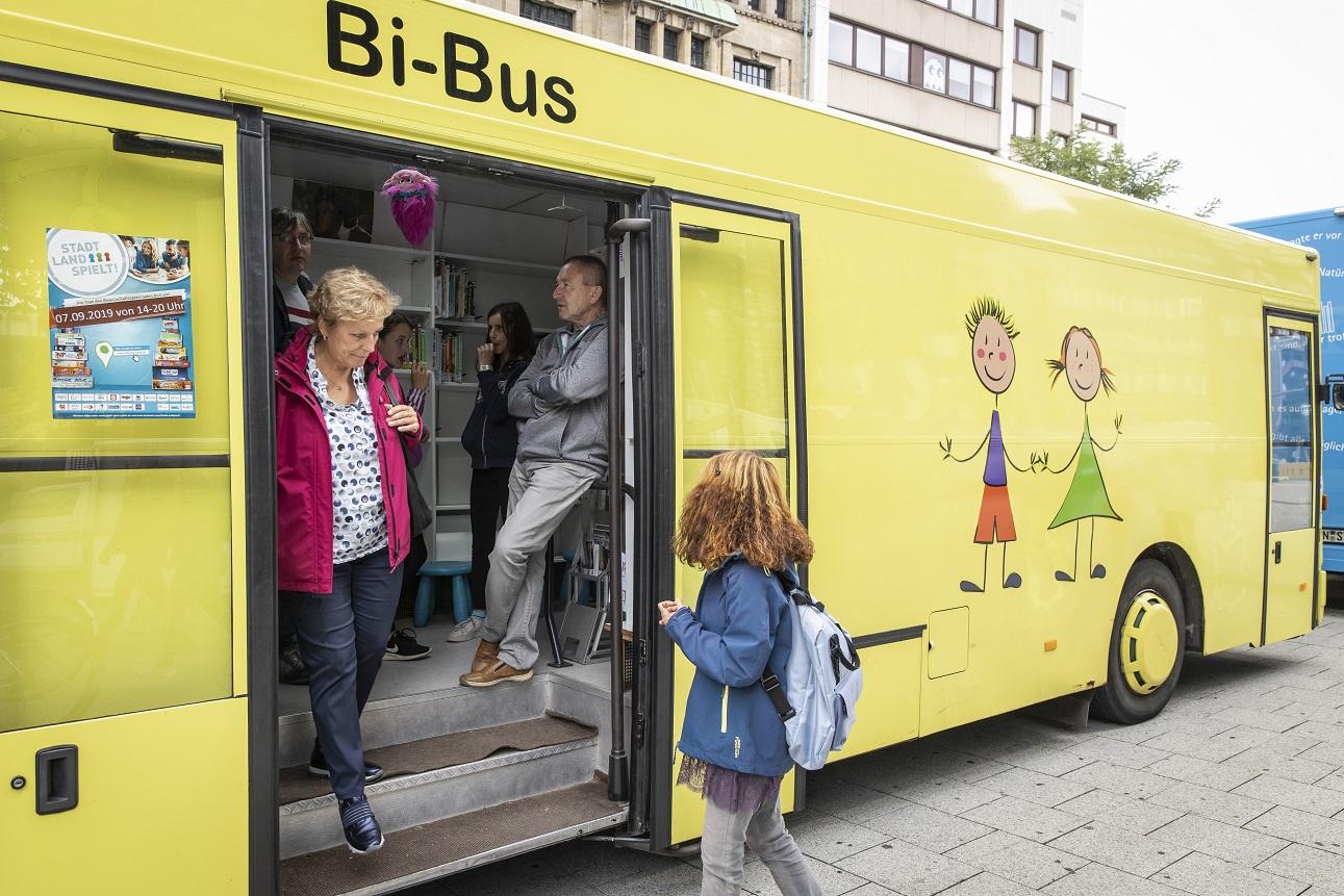 Saarbrücken will einen neuen Bücherbus – am liebsten voll elektrisch!